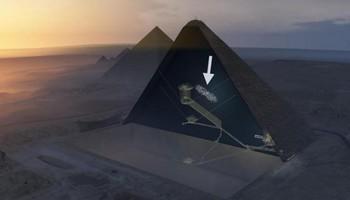 ピラミッド謎の空間.jpg